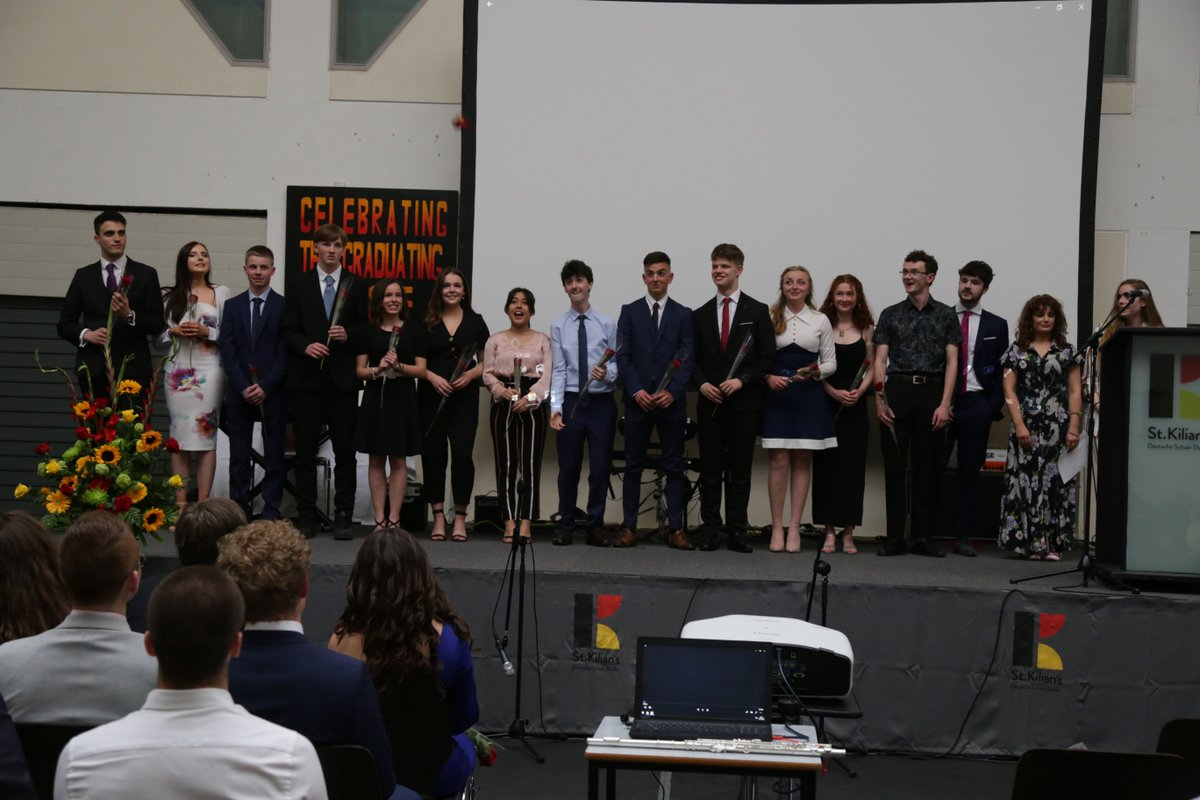 test Twitter Media - Thank you to @AudreyCarville for her inspiring speech at last night's Graduation Ceremony of our 6th Year students. It was a very enjoyable evening of prize-giving, thank-yous, sharing of memories and musical performances. Thank you to the Class of 2019! https://t.co/v92HSsq1xI