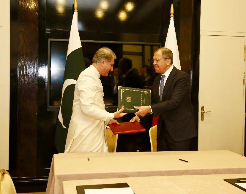 FM Qureshi and FM Lavrov signed a Joint Statement on No First Placement of Weapons in Outer Space.(1/2)  http://www. mofa.gov.pk/pr-details.php  &nbsp;  <br>http://pic.twitter.com/7ucSjVlTuz