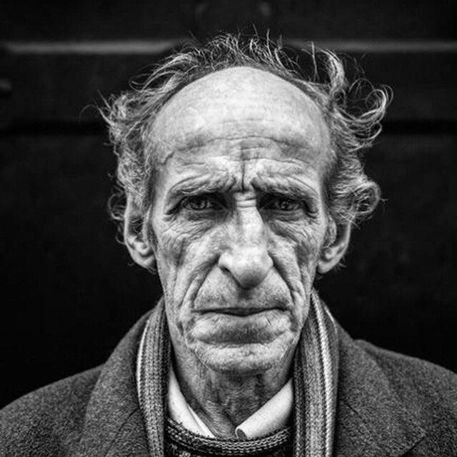 RT @NdavisonR: #30secondsofstreetportrait #thecomfortofstrangers #streetphotography #womeninstreetphotography https://t.co/olyfK9MpWa