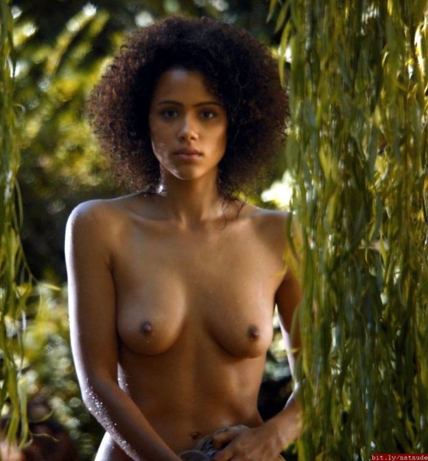 ❤ THE FINAL❤ The last two standing for the sexiest actress from Game Of Thrones are Missandei and Daenerys 👑👩🏽👩🏼 Vote for your winner in the attached poll below and RT for a bigger audience! 👇 #GameofThrones #GameOfThronesFinale #GoT