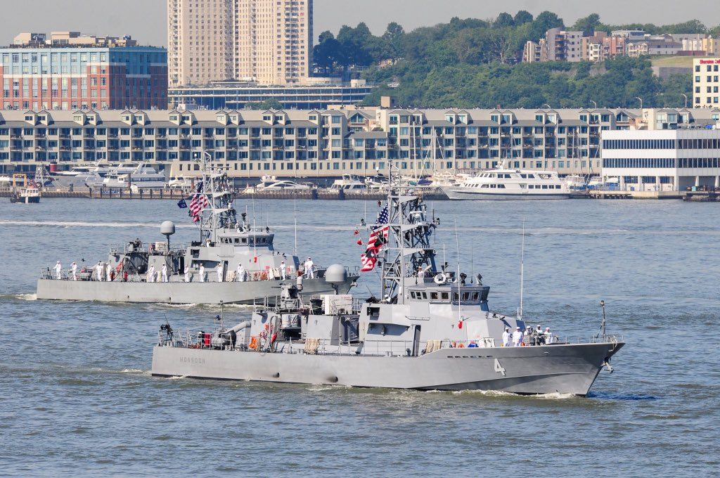 The Parade of Ships  along the Hudson River Takes Place TODAY, to Kickoff #FleetWeekNYC  Be on the lookout between 7:30AM-11PM #Hoboken #JerseyCity #Weehawken #NYC<br>http://pic.twitter.com/unlt4z5nWD
