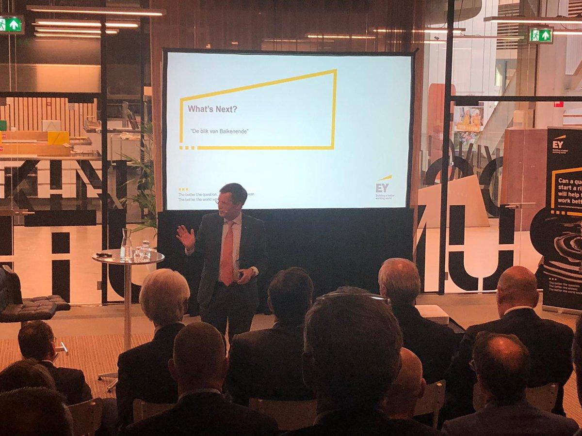@EY_Nederland What's Next bijeenkomst 2019! Met dit jaar als centrale thema's: #maakindustrie en #familiebedrijven. Presentaties van o.a. @VDLNedcar en @jpbalkenende.