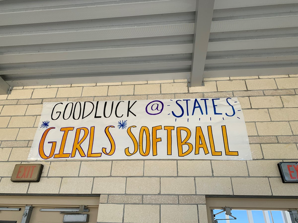 PEP RALLY TOMORROW MORNING BEFORE SCHOOL IN THE COURTYARD! Your Blue Darter softball team is off to the Final Four! The state semi finals will be held at Historic Dodgertown in Vero Beach in the new Jackie Robinson Training Complex on Thursday May 23rd at 6:35 p.m! GO DARTERS! <br>http://pic.twitter.com/NPwXFCEs1U