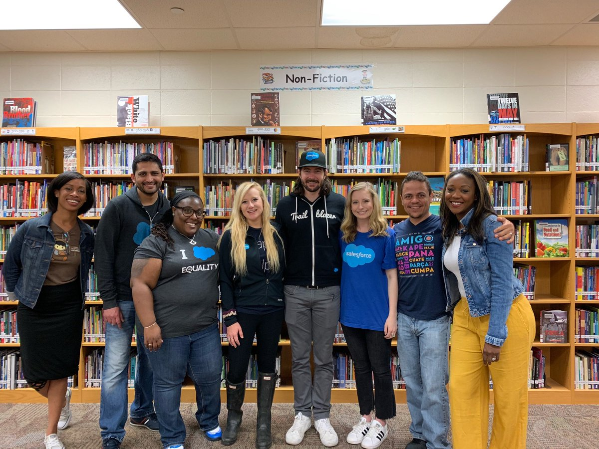 Today Salesforce Indy employees volunteered at our adopted school, @ipsschools Longfellow Middle School! We brought our Indy Car driver @Jrhildebrand with us too! Such a fun morning!