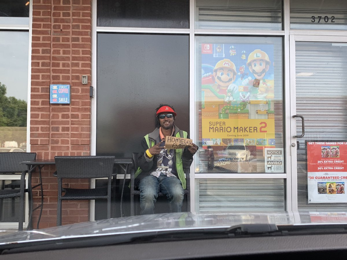 This man sitting outside of @Starbucks insisted I take his photo. I'm not sure if he's looking for celebrity internet status or a few lattes. Why not both? If you want to help him out, you can find him outside of @Starbucks at the corner of Chippewa &amp; Kingshighway.  <br>http://pic.twitter.com/Sto1gZZBqx &ndash; à Kingshighway &amp; Chippewa