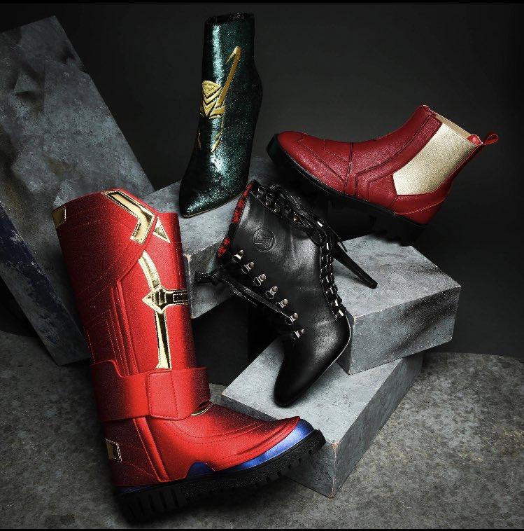 agr o capitalismo foi longe d+ gente olhem essa bota da black widow precisooo