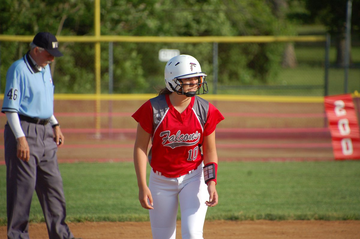 Happy Graduation Day to our favorite (and only) Senior, Ashley Renzi #10! <br>http://pic.twitter.com/Cmh498pzCM