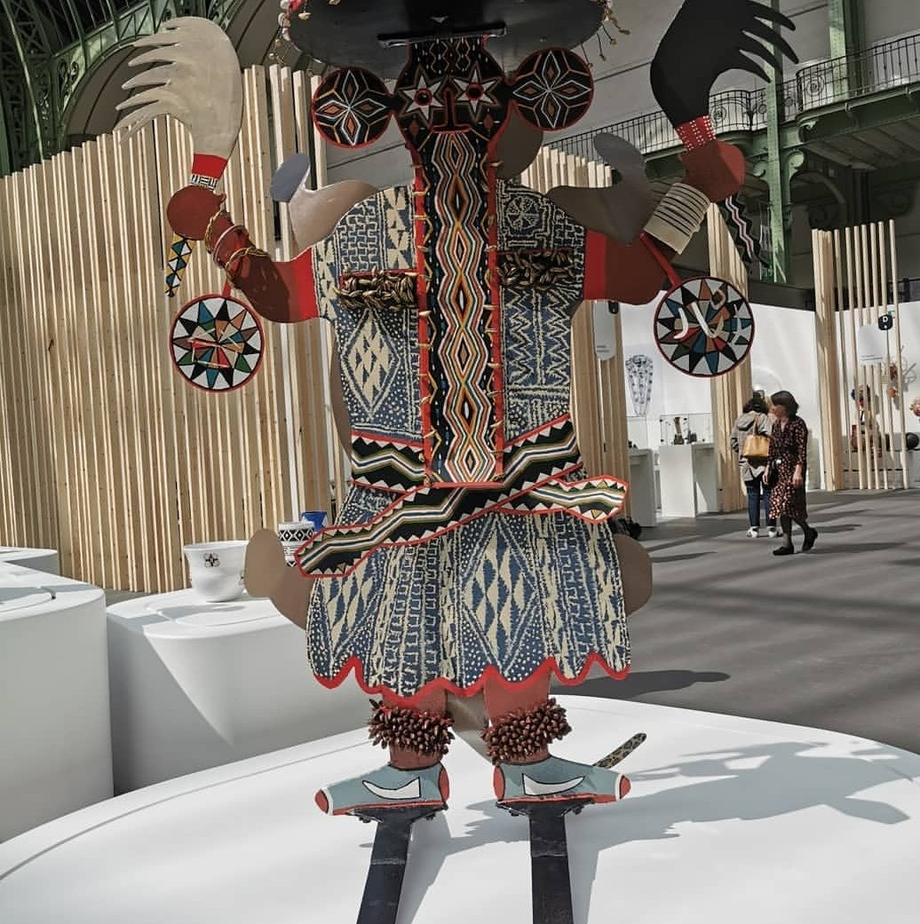 Visite presse de la biennale internationale métier d'art et création au @GrandPalaisRmn  compte rendu sur http://www.fashions-addict.com Œuvre de @gilbertouembe #salonsrevelations