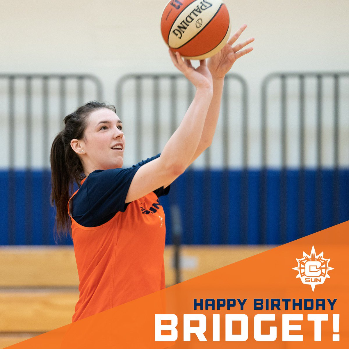 Join us in wishing @bridgecarleton a very happy birthday!🎂🎈🥳
