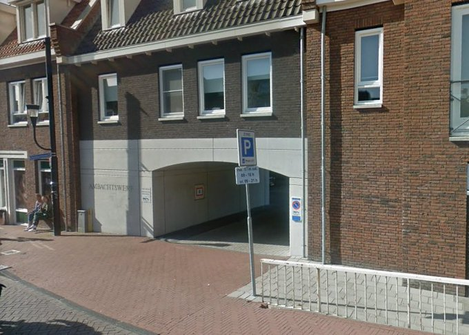 Collegevragen inzake overlast Ambachtswerf De Lier https://t.co/TWdQfq4C48 https://t.co/p79xFK9tUH