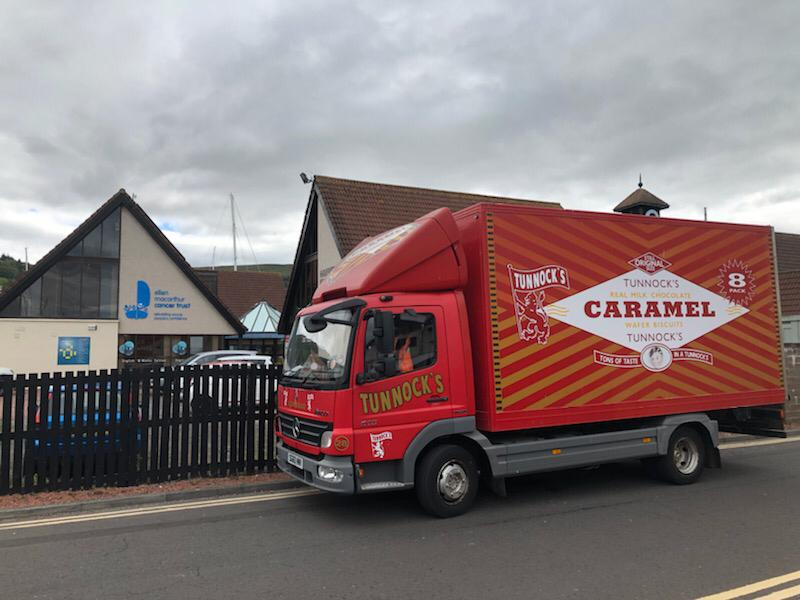 A special delivery just arrived at our base in #Largs 🏴󠁧󠁢󠁳󠁣󠁴󠁿 Thank @TunnockOfficial these will go down a treat on our trips this summer 👏 📸shout out to @888markturner for capturing this exciting moment!