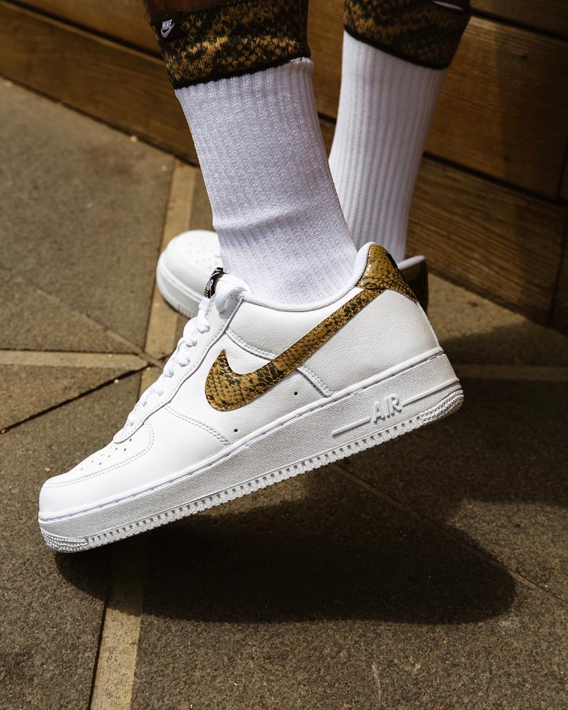 Classic 1996. #Nike Air Force 1 QS