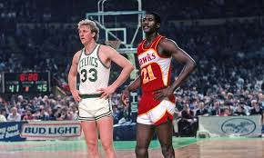 BIRD: 34 PTS (20 in 4th) NIQUE: 47 PTS (14 in 4th)  31 years ago today, @DWilkins21 & Larry Bird had one of the greatest playoff duels of all-time: http://bit.ly/1BhaT0Q