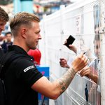 Time for the media, time for the fans 👍  Wednesday in Monaco for @KevinMagnussen 🇩🇰