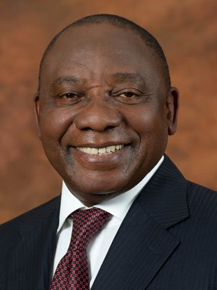 Chief Justice Mogoeng Mogoeng declares President Cyril Ramaphosa duly elected President of the Republic of South Africa  #6thParliament<br>http://pic.twitter.com/YHfHgdILog