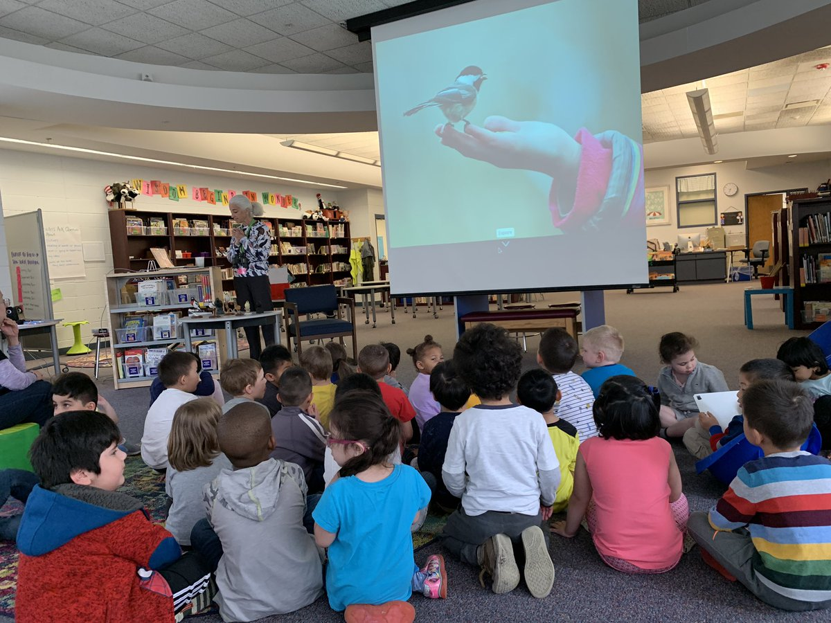 After researching and learning about different pets, our @District34EC friends have a special visit from a birder to learn about different birds! #WBPandas #WeAreD34 🐼❤️🕊
