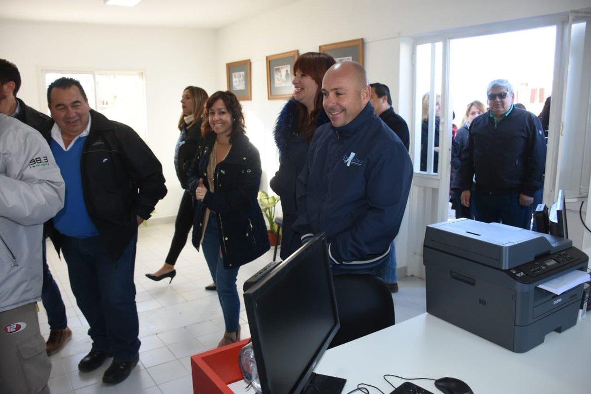 Hoy acompañamos a los vecinos del Barrio Pujol en la inauguración del MuniCerca 4, que brindará muchísimas soluciones al sector #MadrynAlFrente #Chubut