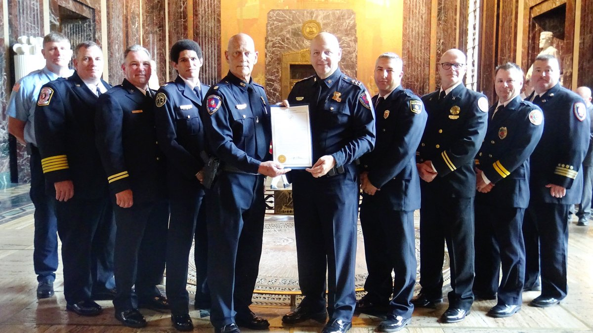 #Congrats to all of the #NOEMS LA Task Force-1 Urban Search &amp; Rescue team who were honored at the State Capitol this week for their 2018 search and rescue assistance in South Carolina for Hurricane Florence and in Florida for Hurricane Michael. @nolaready @CityOfNOLA<br>http://pic.twitter.com/Hv7sYui8Ed
