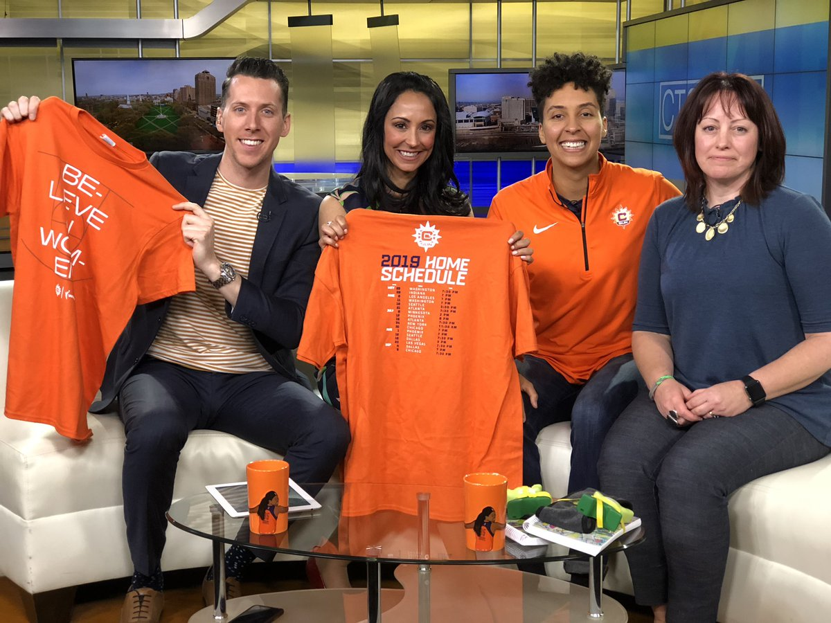Always fun chatting about Sun hoops and about our amazing community spotlight, @MentalHealthCT on @ctstyle!