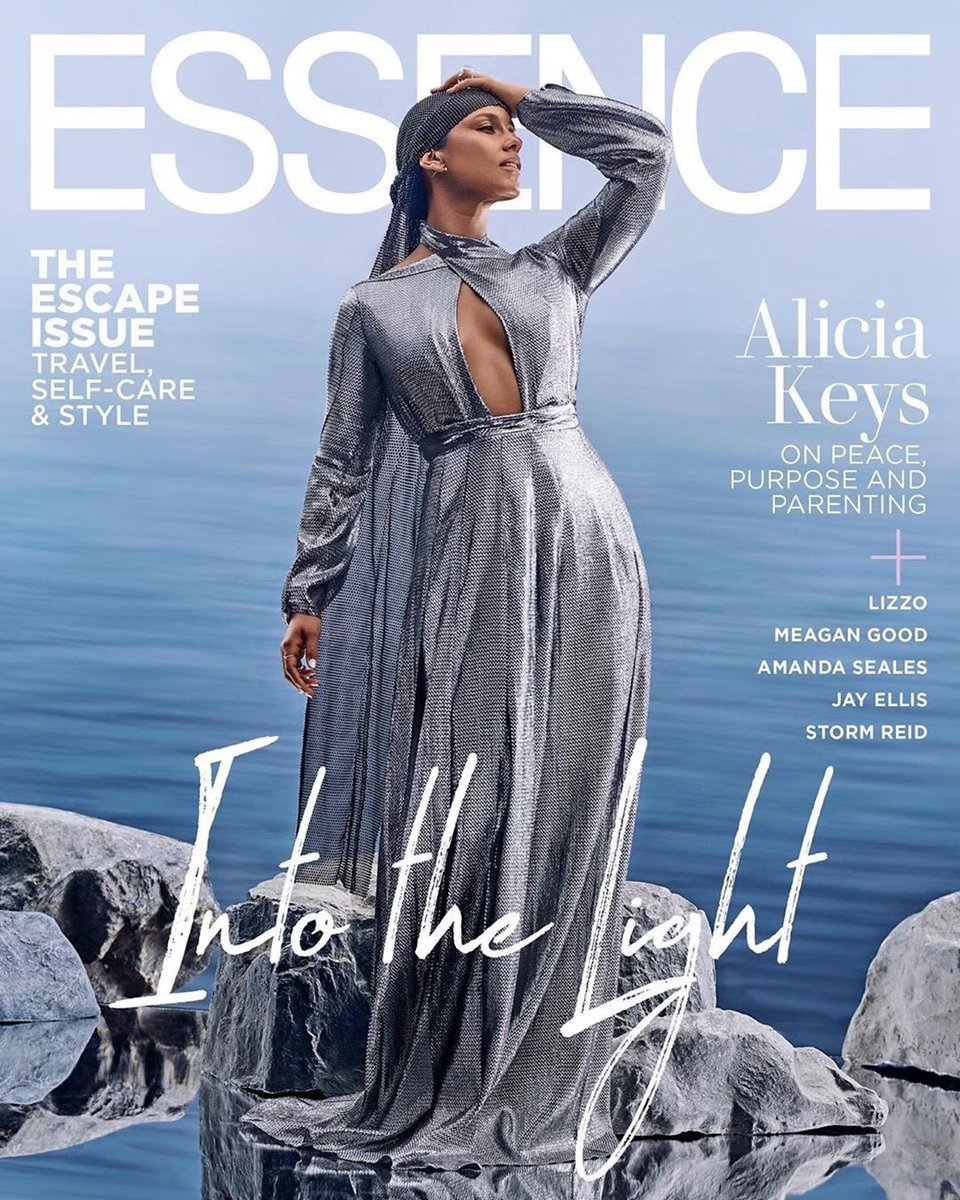 June Cover star Alicia Keys is stepping 'Into the Light' with @Essence Magazine.<br>http://pic.twitter.com/HnsXVAMrHr
