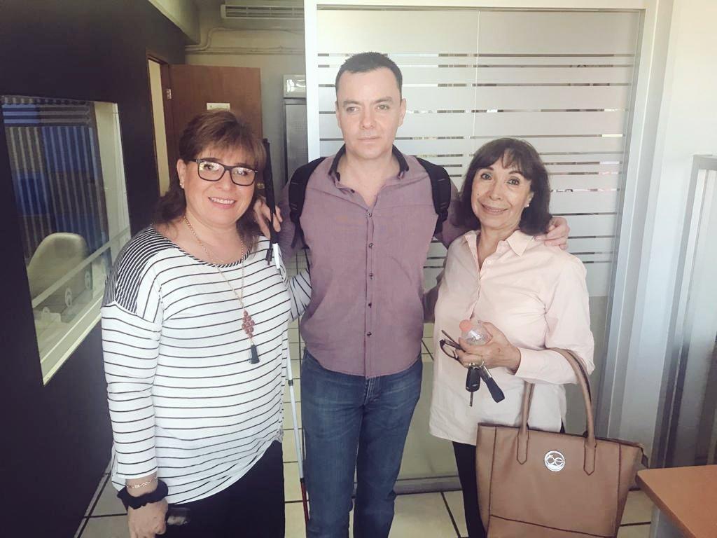 Muy contento en #LaPaz listo para las #Conferencias del #ClubRotario aquí me encuentro muy bien acompañado con el equipo de @quedicenellas #RadioFormula