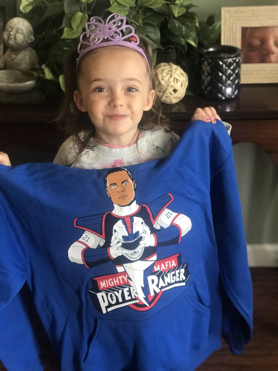 @26shirts @J_poyer21  look what just came in the mail today!! As soon as we opened it she started a Let's go Buffalo chant🔴🔵 That's my girl⭐️