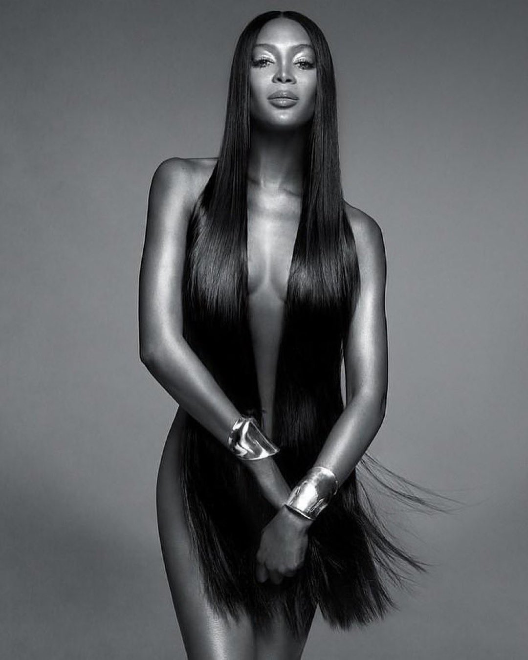 Happy 49th Birthday to the legendary Naomi Campbell!