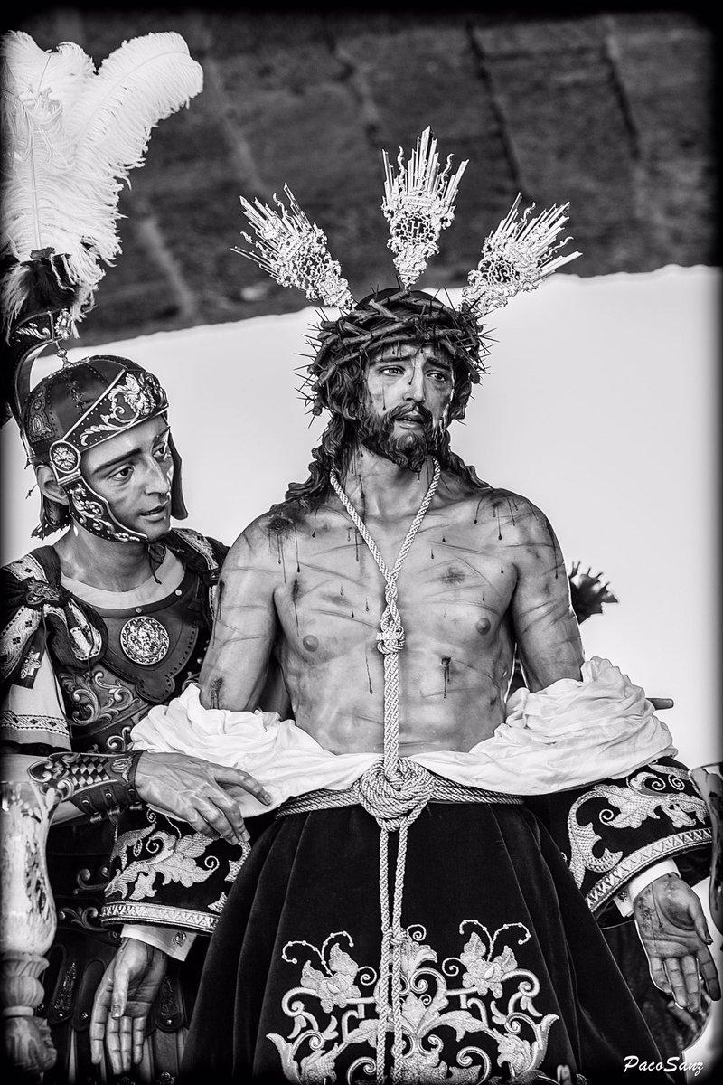 DOMINGO DE RAMOS 2019 - CÁDIZ  Ntro. Padre Jesús del Amor Despojado de sus Vestiduras.  #Despojado #SSCádiz19 #DomingoDeRamos #SemanaSanta2019 #SemanaSantaCádiz2019 #ByN #FotografíaCofrade
