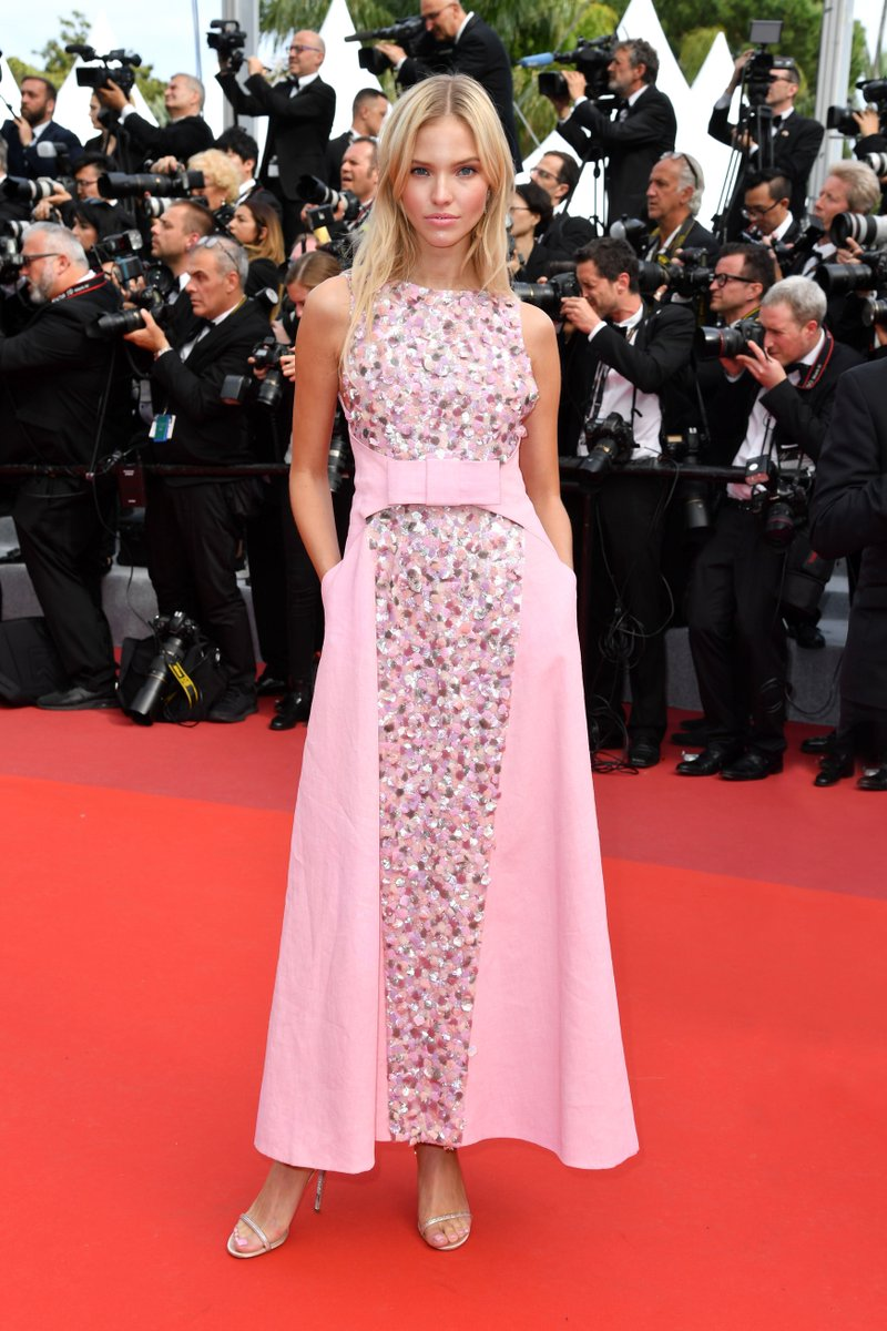 #CHANELinCannes — actress Sasha Luss wore a dress from the #CHANELHauteCouture collection to the premiere of 'Once Upon A Time... In Hollywood' at #Cannes2019. #CHANELinCinema More on http://chanel.com/-T_Cannes19