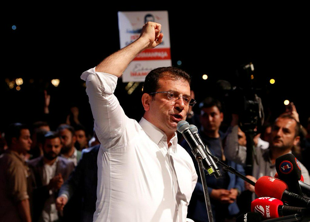 Istanbul&#39;s ousted mayor says billions wasted under Erdogan&#39;s AKP  http://www. reuters.com/article/us-tur key-election-imamoglu-idUSKCN1SS2DW?utm_campaign=trueAnthem%3A+Trending+Content&amp;utm_content=5ce5b3bfa78c4600010933e2&amp;utm_medium=trueAnthem&amp;utm_source=twitter &nbsp; … <br>http://pic.twitter.com/UDitaY1x8j