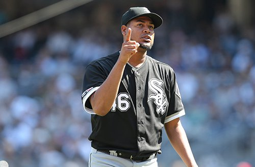 #TakeItBack steps to the plate tonight as the #3 HR-hitting team in the bigs, launching 89 big flies so far in 2019. #WhiteSox starter Ivan Nova has served up 10 HRs over his last 5 starts, incl. 3 dingers in his most recent effort. Daily Line Drive: …