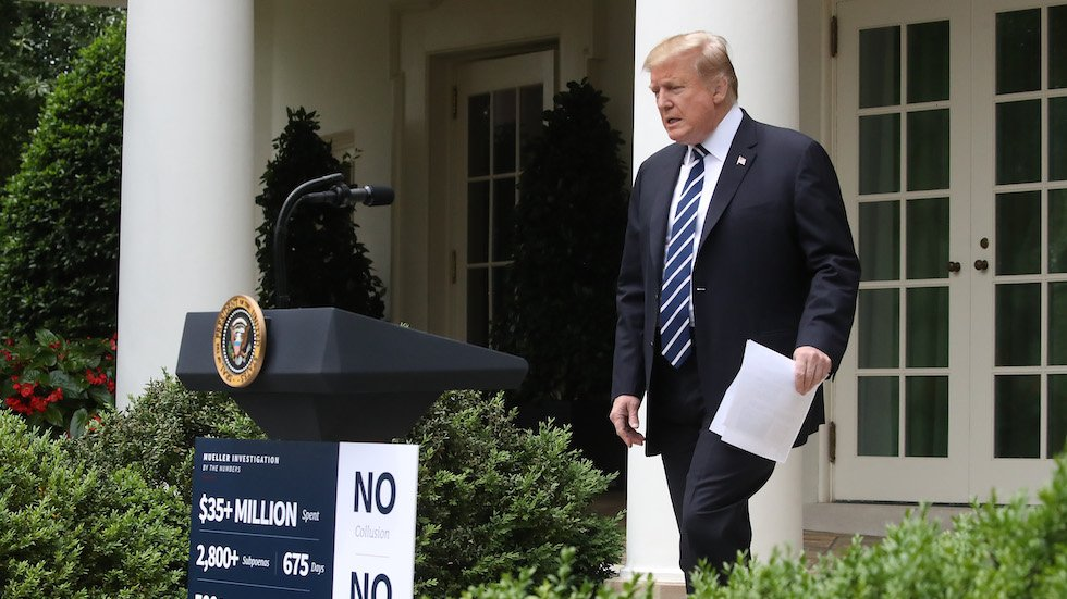 """Camera catches Trump Rose Garden notes saying Dems """"want to impeach me over acts that they did"""" http://hill.cm/gBRAfRf"""
