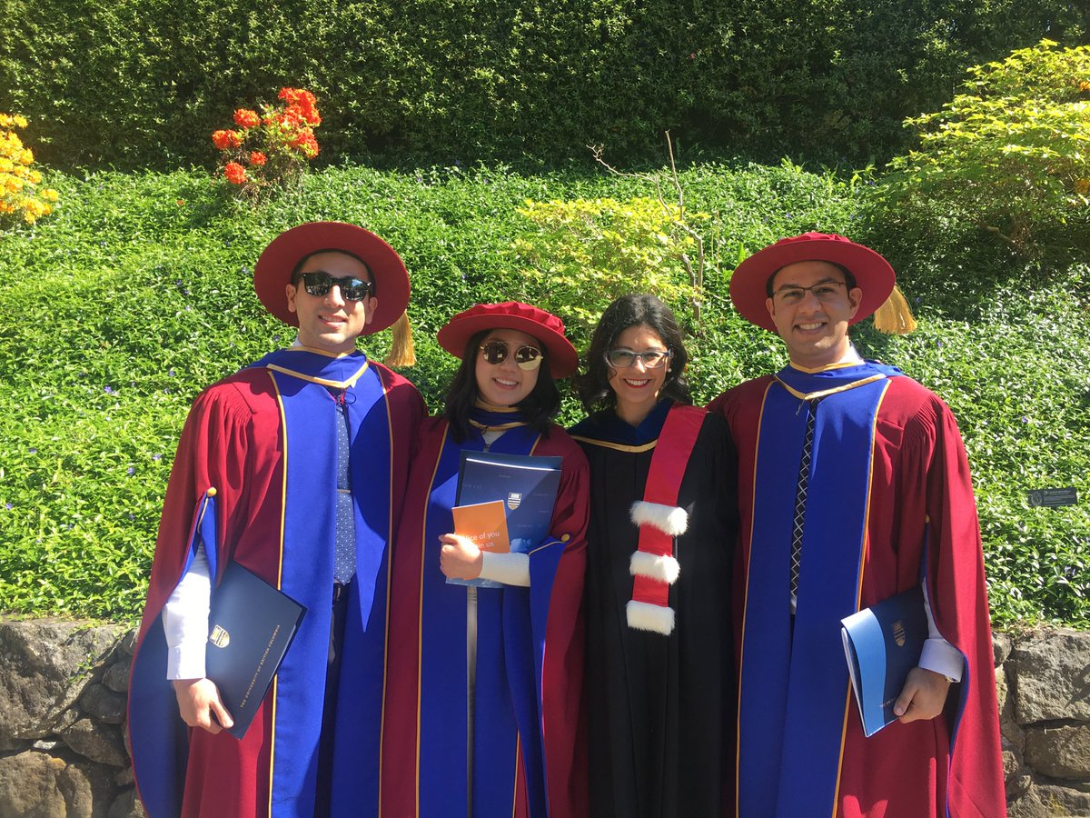 Congratulations to our new doctors ⁦@VanProstateCtr⁩ #Ph.D ⁦#prostate  cancer @UBCmedicine⁩ ⁦@DakshThaper⁩<br>http://pic.twitter.com/li6yZWzfRe
