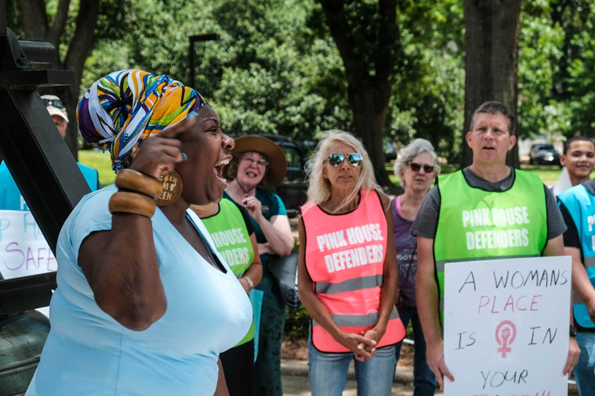 """""""We are talking about #abortion. But let me be clear from my perspective: This is criminalizing women period,"""" Valencia Robinson told abortion rights activist at a #StopTheBans protest in Jackson on Tuesday. #JXN #Mississippi #msleg #RoevWade #SCOTUS http://ow.ly/9sGp30oNKdA"""
