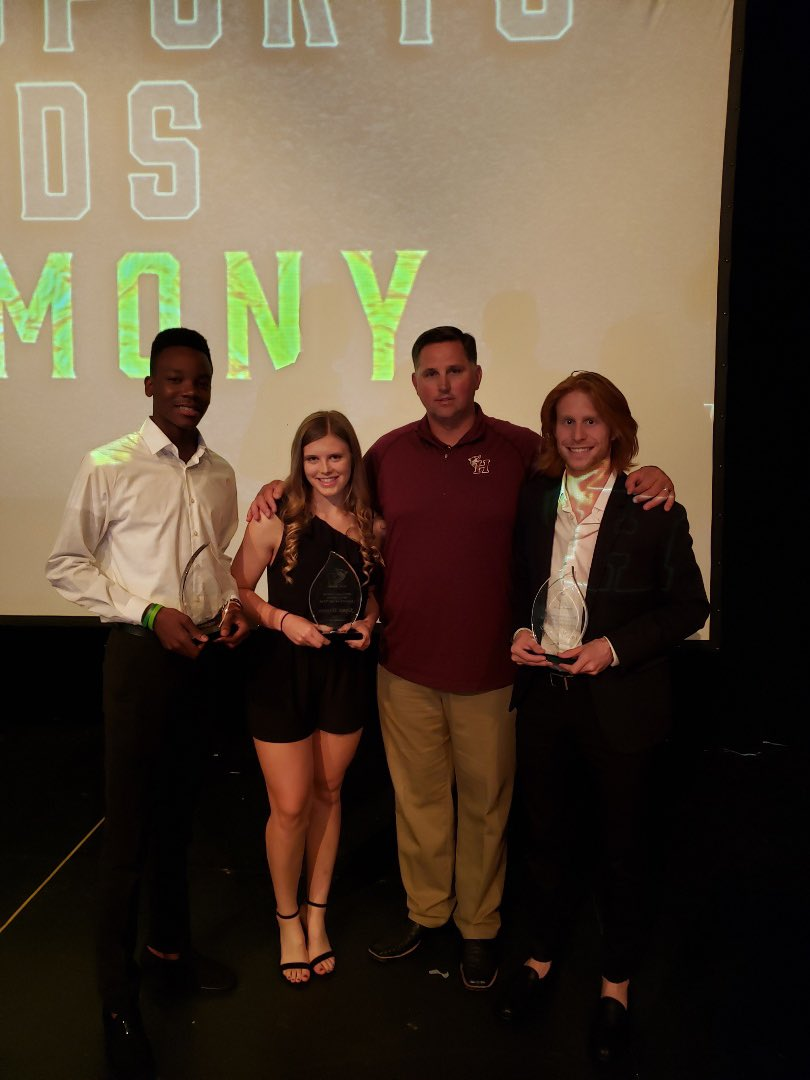 Congratulations to our MultiSport Athletes of the year! We appreciate you giving Heritage your all. #OurHeritage #OurPride<br>http://pic.twitter.com/BUNlNmWdoC