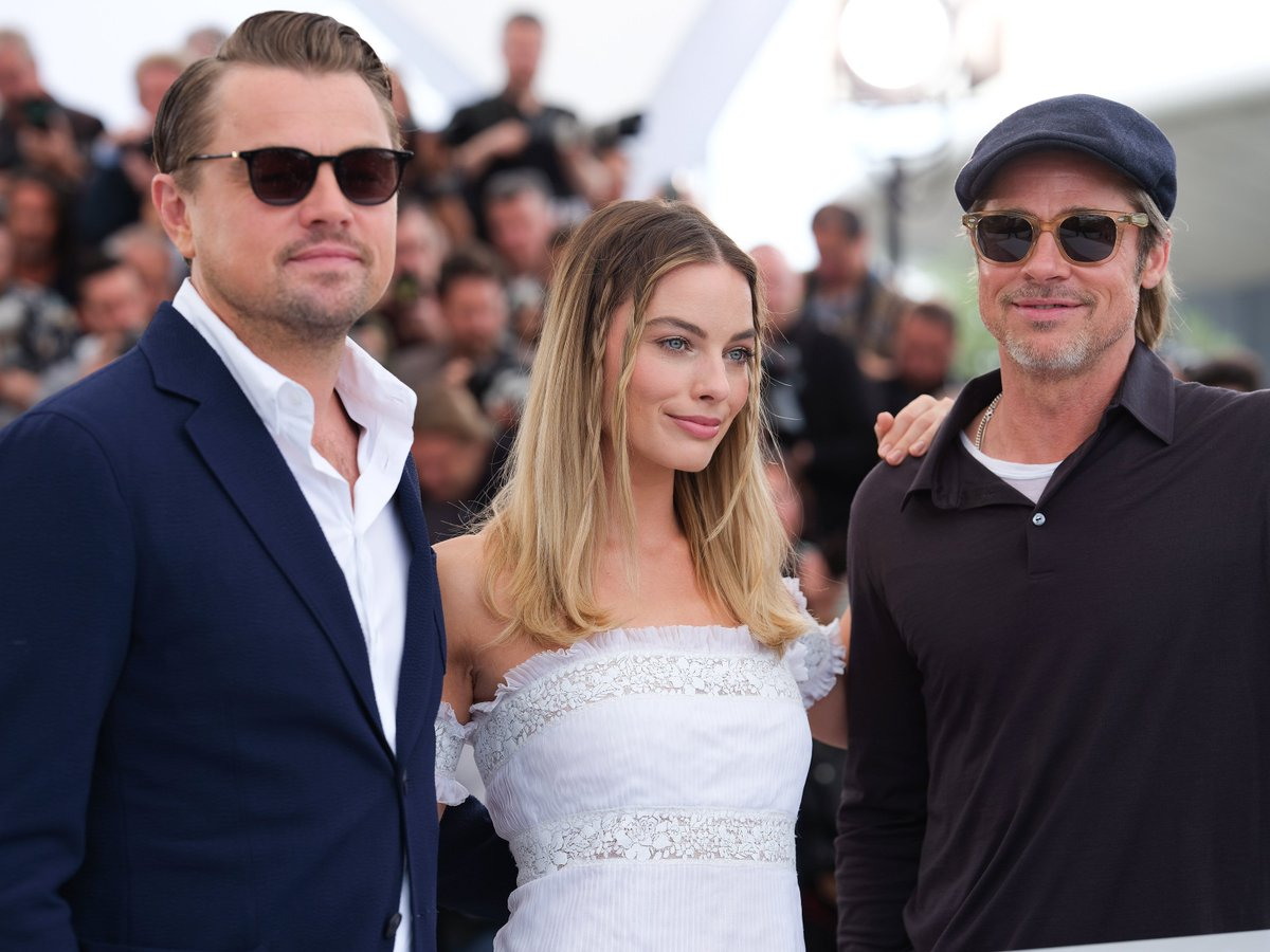 The #OnceUponATimeInHollywood cast, producers, and director were 📸 ready at yesterday's Cannes photo call and press conference - take a look. ✨