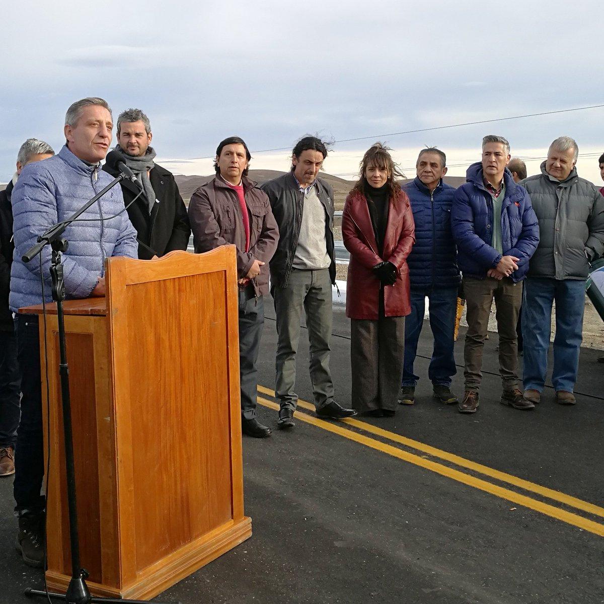 #Hoy 👉 Acompañamos al Gobernador @arcionimariano, y al Presidente de #VialidadProvincial, Nicolás Cittadini, en la inauguración del puente sobre #ArroyoSeco, tramo #GobernadorCosta - #RioPico. 👏 #ChubutGanaSiEstamosTodos