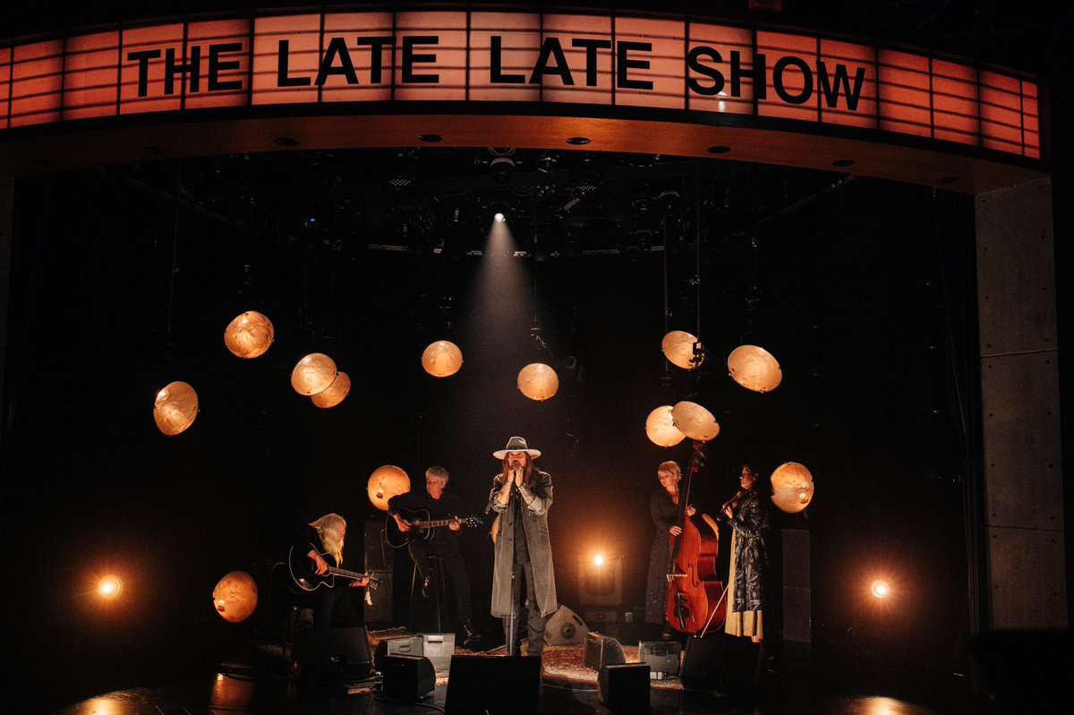 Had an amazing time tonight performing on the @latelateshow with @JKCorden! With my good friend Don Von Tress and some of the incredible musicians that were a part of my new album #TheSnakeDoctorCircus out this Friday. You can pre-order it here https://billyraycyrus.lnk.to/snakedoctor