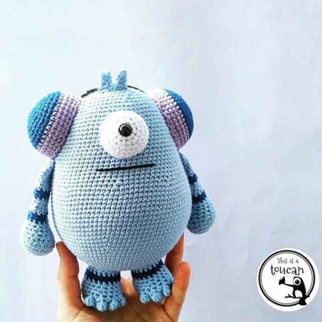 Crochet Cute Critters Book - Repeat Crafter Me | 640x640