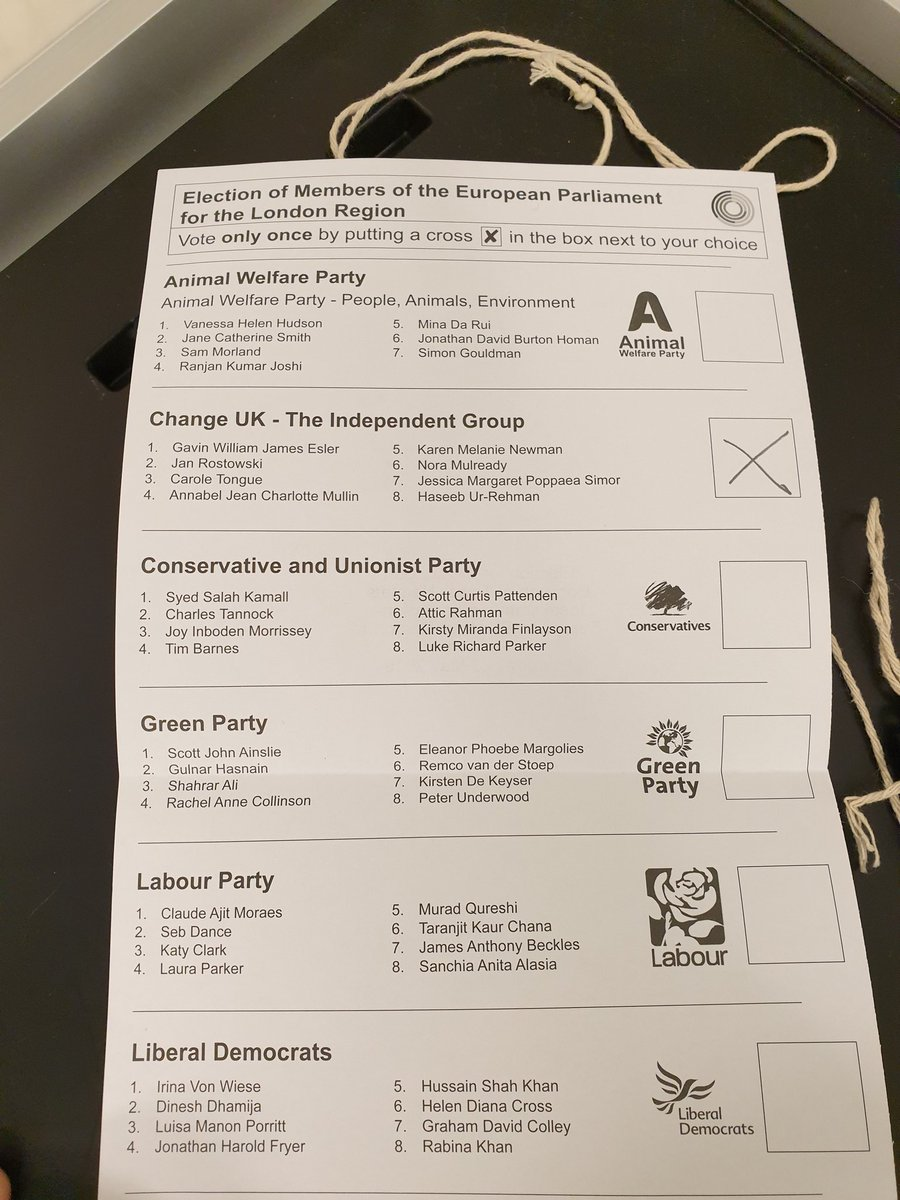 Today I voted for Change UK, not just because I think brexit is against our national interest, but because I think it&#39;s a time our country returned to genuine centrist politics, driven by evidence and data-driven pragmatism, rather than blind dogmatism. @ForChange_Now #ChangeUK<br>http://pic.twitter.com/wr2HYs2euT