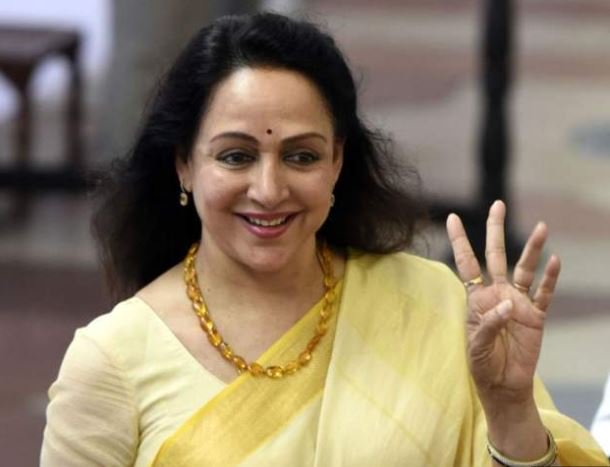 "The ""Dream Girl"" of millions of Indians in the 1970s and 80s, BJP candidate and former Bollywood actress Hema Malini, is leading by a big margin in Mathura in  Uttar Pradesh.  For more on her win, read our live page: https://www.bbc.com/news/live/world-asia-india-48281432 …"