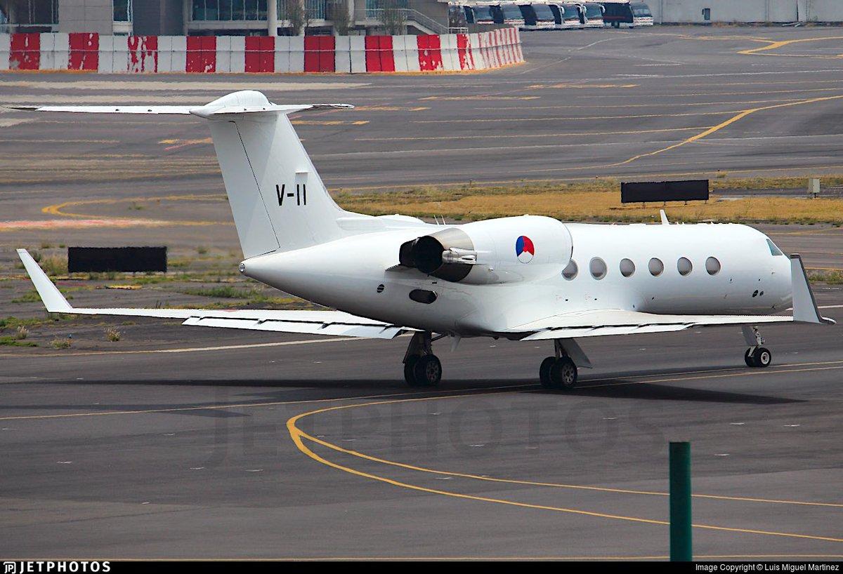 Mooi. Laat de schilders dan meteen het 334sq logo (75 jaar), Nederlandse vlag, kroontje en logo luchtmacht weer op de #gulfstream IV zetten. Of zijn er mogelijke kopers aan de deur geweest? Toestel vloog gisteren van BRU naar CPH #aviation #planespotting #vipplane #airforce https://twitter.com/vlbeindhoven/status/1131444334476365824…