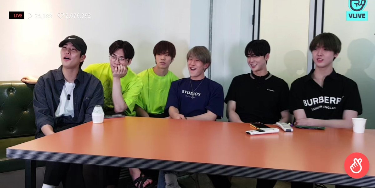 Today&#39;s Vlive Summary 1. Astro is complete 2. WANNA BE YOUR STAR 6/6 3. A bit of reaction to Astroad 2 Starlight in Seoul 4. A glimpse of CALL OUT (They want us to buy it) 5. Jinwoo being teased (again) 6. A lot of MYUNGBIN content ECLIPSE FOR THE WIN!  #ASTRO #STARLIGHTINSEOUL<br>http://pic.twitter.com/F7Hj9zKQ8N