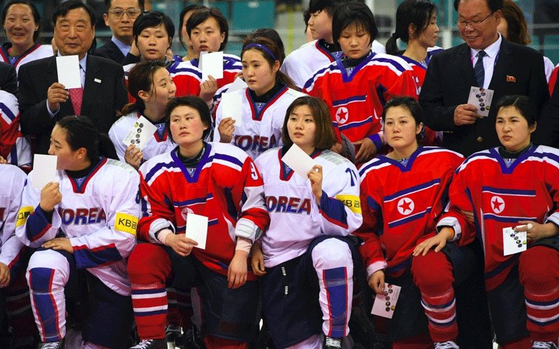 South Korea scraps joint Olympic hockey team with North Korea - The Standard  http:// bit.ly/2Wg7zrF  &nbsp;  <br>http://pic.twitter.com/CyZI1mLFTw