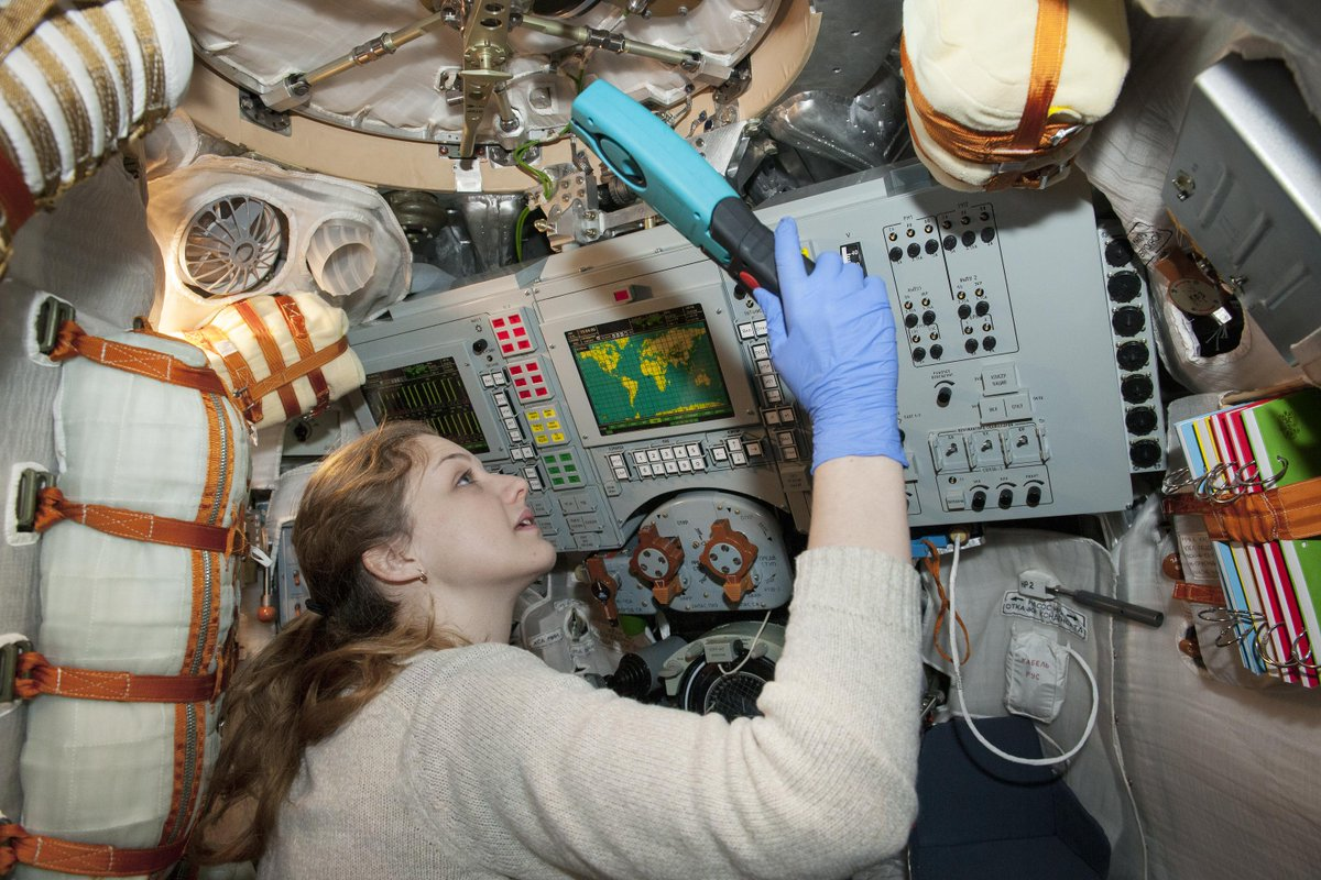 As @sciencemuseum welcomes Soyuz back from its tour today, we are looking back to 2016 when it first arrived in the museum. Conservator Sadie carried out a thorough condition check of the object, both inside and out. See it in our Exploring Space gallery #conservation #SoyuzTour <br>http://pic.twitter.com/7N2oNUekxK