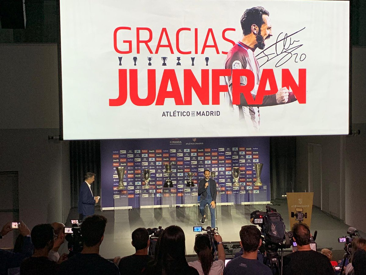Juanfran, en el acto de despedida (Foto: ATM).