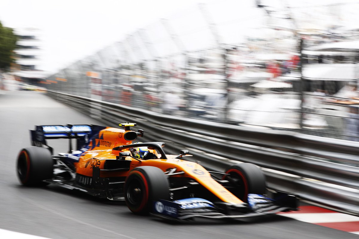 #FP1 comes to a close. Lando finishes in P15. No timed lap for Carlos but he does make it out towards the end of the session.  Time to knuckle down for #FP2. #MonacoGP 🇲🇨