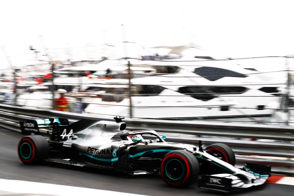 Solid start. Lewis tops #FP1 in Monte Carlo with a 1:12.106, Valtteri is P3 with a 1:12.178. 0.072s splits the top three... #MonacoGP