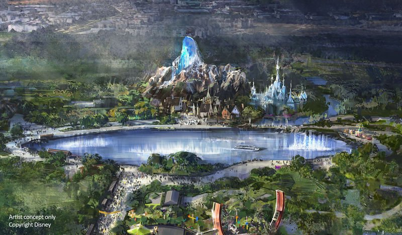 NEW DETAILS about #WaltDisneyStudiosPark&#39;s Central Hub:  • 3-hectare lake, with 360˚ viewing of water-based spectacles • 40-metre tall North Mountain from #Frozen • Waterfront restaurant and lakeside promenades • Main construction work scheduled to begin end of 2019 <br>http://pic.twitter.com/fQ8U1Ursbo