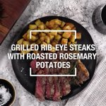 Image for the Tweet beginning: These roasted potatoes are crispy